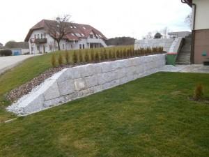 st-martin-ansatzsteinmauer1